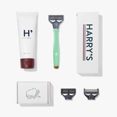 Just got this in from Harrys.com and I love it!  And the best part - the replacement cartridges have 5 blades and are less than $2 each!!!  Truman Set SS14