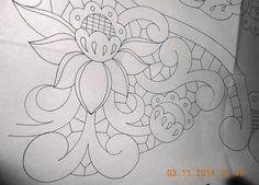 Resultado de imagem para Disegno carta per centro, ricamo a intaglio - Manidifata.it - Google Search - Google Search