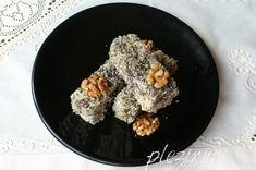 Prajitura cu miere cacao si nuca tavalita Iron Pan, Food Cakes, Nutella, Acai Bowl, Food To Make, Cake Recipes, Cookies, Chocolate, Breakfast