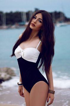 Ⓑikini Ⓓaily ⋆ Page 2 Sexy Bikini, Bikini Beach, Bikini Babes, Bikini Girls, Beach Bum, Mädchen In Bikinis, Cute Bikinis, Swimwear Fashion, Bikini Fashion