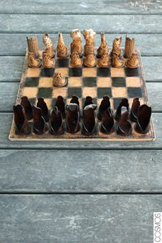 escacs de cuir / ajedrez de cuero /  leather chess