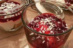 Süße Lasagne von Blutwurst   Chefkoch Trifle Desserts, Acai Bowl, Panna Cotta, Deserts, Food And Drink, Pudding, Sweets, Baking, Breakfast
