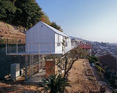 'house in rokko' by tato architects/yo shimada, kobe, japan