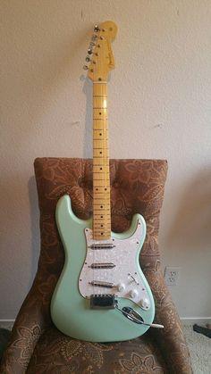 Ukulele, Guitar Rig, Music Guitar, Cool Guitar, Acoustic Guitar, Guitar Neck, Guitar Tabs, Guitar Pedals, Fender Stratocaster