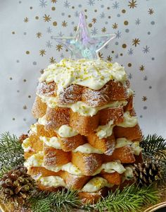 Italian Christmas Tree Cake with Lemon Curd and Limoncello