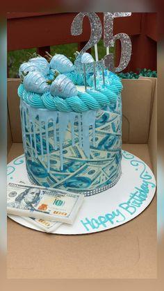 Alcohol Birthday Cake, Queens Birthday Cake, 25th Birthday Cakes, Creative Birthday Cakes, Sweet 16 Birthday Cake, Special Birthday Cakes, Custom Birthday Cakes, Adult Birthday Cakes, Beautiful Birthday Cakes