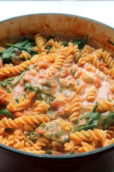 Tomato and mascarpone sauce and spinach pasta