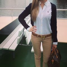 Just like it for a casual date Adrette Outfits, Classy Outfits, Casual Outfits, Preppy Outfits For School, Preppy College, Preppy Fall Outfits, Preppy Girl, Preppy Style, Style Me