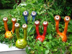 Garden spy stalk eyes made of ceramic, frostproof, unique, red small garden decoration - Garden spy stalk eyes made of ceramic frost-proof unique - Cement Crafts, Clay Crafts, Unique Gardens, Unique Garden Decor, Garden Ideas, Backyard Ideas, Garden Ornaments, Garden Crafts, Raised Garden Beds