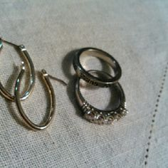 Guess silver ring,  Cz/ silver ring & sil hoops Guess  band, approx size 8.5, Sparkly Cz is about size 8. Elongated Silverstone earrings. All new Guess Jewelry Rings