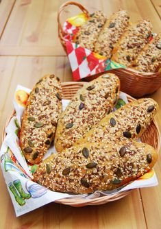 Ring Cake, How To Make Bread, Winter Food, Scones, Banana Bread, Hamburger, French Toast, Bakery, Rolls