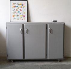 etag re ann es 50 pigment cuisine et armoires. Black Bedroom Furniture Sets. Home Design Ideas