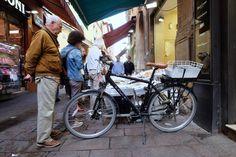 """Bologna - Il """"quadrilatero"""" - Via Drapperie"""