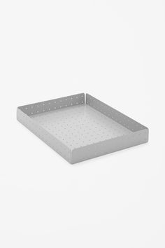 Perforated paper tray