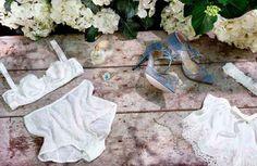 La ropa interior de novia se adapta las nuevas tendencias para que luzcas igual de guapa por debajo del vestido.