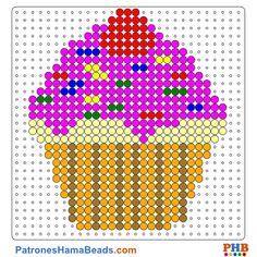 Cupcake plantilla hama bead. Descarga una amplia gama de patrones en formato PDF en www.patroneshamabeads.com