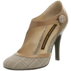 Chinese Laundry 'Trixy' Pump... wouldn't this be cute with a grey shift dress?!