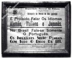 Cartaz de 1942, era exposto em locais públicos. Salvo de: A História Esquecida.