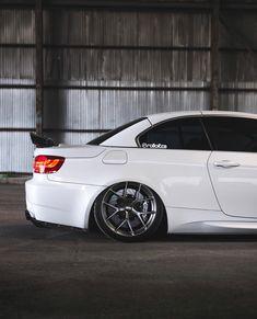 BMW E93 M3  Brakes: @rolloface  #bbk  #brakes  #bigbrakekit  #rolloface  #bmw  #bimmer  #e93  #m3  #e92  #stance  #slammed  #lowered