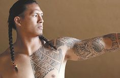 Leonard Peters is a Samoan American football player and rugby player. He spent some time playing football in Hawaii before having. tattoos symbols tattoos meaning tattoos back tattoos forearm tattoos men Girl Back Tattoos, Tattoos For Guys, Forearm Tattoos, Tribal Tattoos, Maori Tattoos, Men Tattoos, Ankle Tattoos, Samoan Men, Polynesian Men
