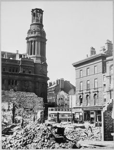 Bomb damage in central Manchester. The Royal Exchange (on the left) suffered a direct hit in the December air raids. London Manchester, Manchester England, Rochdale, The Blitz, Northern England, Air Raid, Salford, War Photography, Battle Of Britain