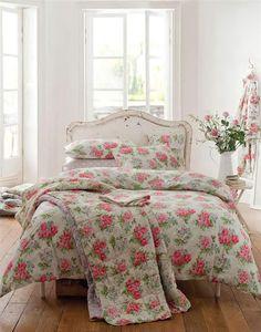 Cath Kidston Regal Rose pattern