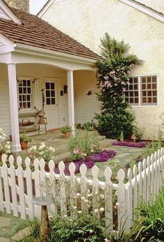 White English Cottage Decor | Cottage style courtyard garden with white picket ... | KathysKottage