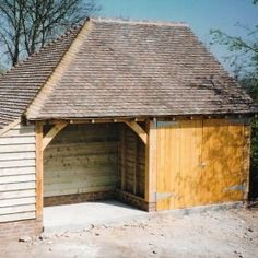 Sustainably sourced oak framed garages from Hamlet Buildings Ltd. Traditional and contemporary oak garage styles for all budgets and tastes. Carport Garage, Garage Doors, Garage Door Design, Garage Ideas, New Builds, Garages, Sheds, Barns, Extensions