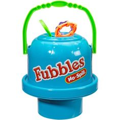 The Little Kids Fubbles No-Spill Big Bubble Bucket lets friends get in on the fun. Three kids can play without any mess thanks to a unique No-Spill feature and wide base for improved stability--perfect for play dates. A twist open top makes refills easy. Bubble Snake, Bubble Fun, Bubble Games, Best Toddler Toys, Toddler Gifts, Giant Bubble Wands, Bubble Machine, Big Bubbles, Multiplication For Kids