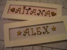 Carteles Aitana y Alex