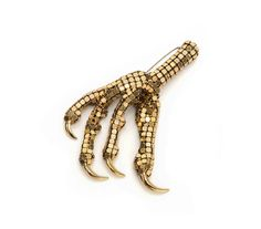 Sian Edwards, Chicken foot brooch with claws, made with vintage glomesh