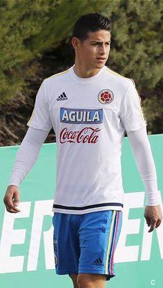 James Rodriguez Copa America Chile 2015 James Rodriguez Colombia, Neymar, James Rodriquez, Alexandre Pato, Equipe Real Madrid, Cute Emo Boys, Michael B Jordan, Soccer World, European Football