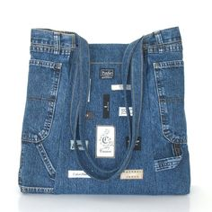 Recycled jean handbag , Large handmade reclaimed denim shoulder tote bag in blue - 2019 Diy Jeans, Jean Purses, Purses And Bags, Jeans Recycling, Mochila Jeans, Jean Diy, Denim Purse, Denim Ideas, Denim Crafts