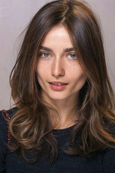 French Hair - medium length easy, slight wave, layers
