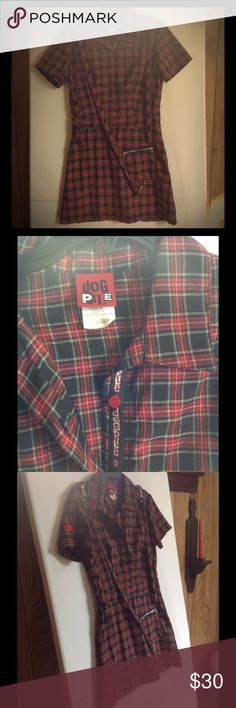 Dog Pile Punk Goth Dress Size Large Plaid Pre-owned and in excellent condition! Dog Pile Dresses