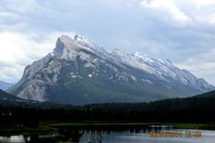 Bow River Parkway - Mount Rundle - Banff, Alberta, Canada