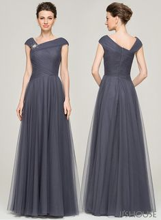 Make as much of an entrance and as an exit with this V-neck mother of the bride dress, designed with a ruffled bodice, beading details and A-line cut. Mother Of The Bride Dresses Long, Mothers Dresses, Girls Dresses, Beach Dresses, Stylish Dresses, Fashion Dresses, Formal Dresses, Gown Party Wear, Bridesmaid Dresses