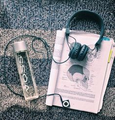 Tips to start out the first year of medical school strong - Stethoscopes, Simplicity & Syrah