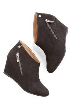 cute black wedge booties http://rstyle.me/n/wjhcvr9te