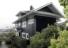 Benjamin Moore Soot 2129-20 black exterior