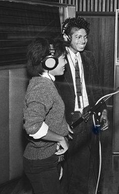 photo siblings Michael Jackson 1980's janet jackson The Jacksons dream street rare vintage