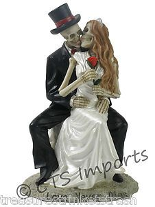 "Love Never Dies ""Just Married"" Wedding Skulls Bride Groom Figurine Bridal Gift 