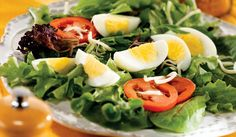 A mixed green salad is an easy and nutritious way to start your lunch or dinner. Prepare one of our fresh mixed green salad recipes at the Incredible Egg. Healthy Egg Salad, Healthy Eating, Healthy Food, Low Carb Diet Menu, Egg Recipes, Healthy Recipes, Incredible Eggs, Green Salad Recipes, Salad Topping