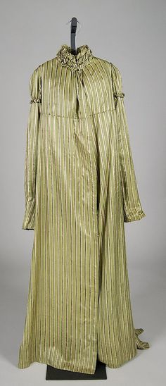 Pelisse, ca. 1805, French. Silk, cotton. Brooklyn Museum Costume Collection at The Metropolitan Museum of Art. 2009.300.7670