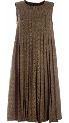 Sleeveless round neckline dress in olive green handwoven wool, front and back panels with stitched pleats, open below waistline, side seam pockets, mother-of-pearl buttons fastening to the back Simple Dresses, Short Dresses, Summer Dresses, Dress Skirt, Dress Up, Mode Hijab, Linen Dresses, Dresses Dresses, Mode Inspiration