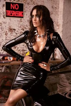 Gorgeous latex dress. Spiked necklace (collar).