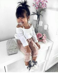 Cute Baby Girl Clothes Outfits Ideas - Cute Baby Clothes - - The most beautiful children's fashion products Cute Baby Girl Outfits, Cute Baby Clothes, Toddler Outfits, Children Outfits, Summer Clothes, Infant Girl Clothes, Little Girl Fashion, Toddler Fashion, Fashion Kids