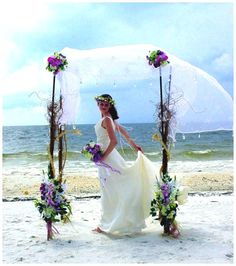 oahu beach weddings...God willing will be renewing our vows in 2015 in Oahu! one of my all time favorite places ever!!
