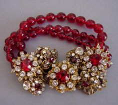 Vintage ruby glass beaded bracelet. Miriam Haskell. Gorgeous.