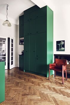 Green: our favorite underused interior color! Photo: J. Ingerstedt | @ANDWHATELSEISTHERE